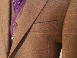 A Collar and Waistcoat detail